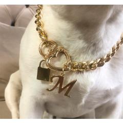 Corrente Dourada com fecho em coraçao + Cadeado + Letra